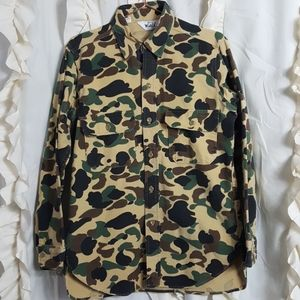 Vintage Woolrich old school camo button up shirt